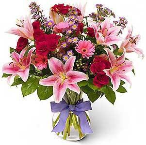 Na de dienst worden de bloemen